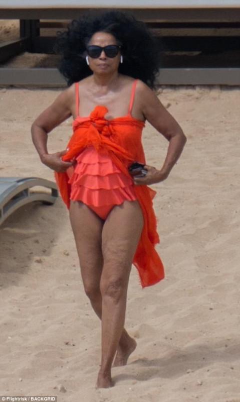 Дайана Росс на пляже Дайана, вторник, время, отдыха, Гавайях
