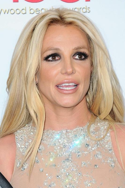 Звезды на церемонии Hollywood Beauty Awards