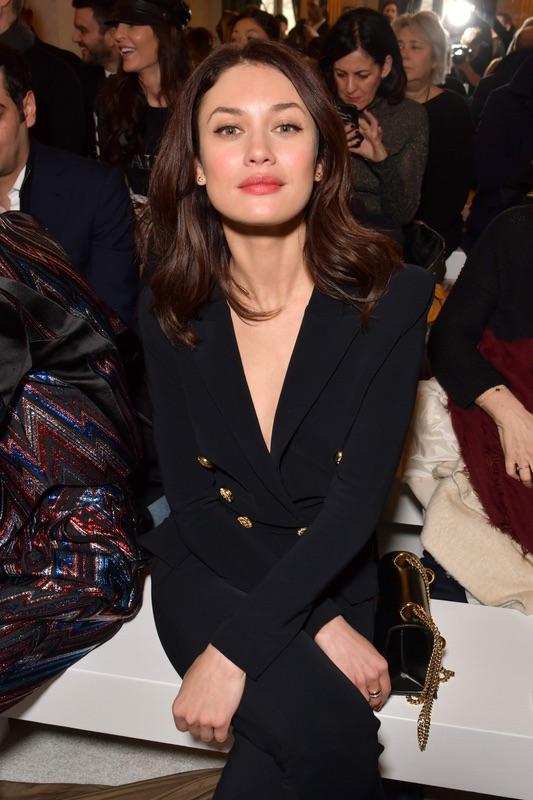 Знаменитости на Неделе моды в Париже