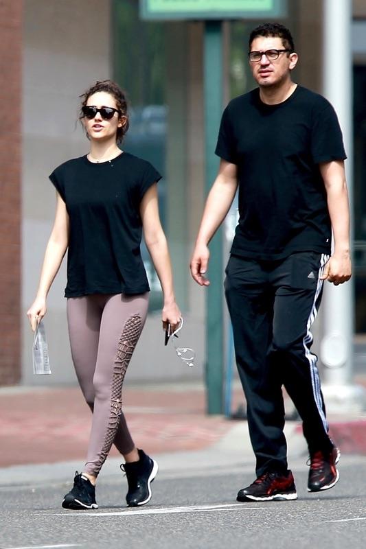 Эмми Россам с мужем Сэмом в Лос-Анджелесе