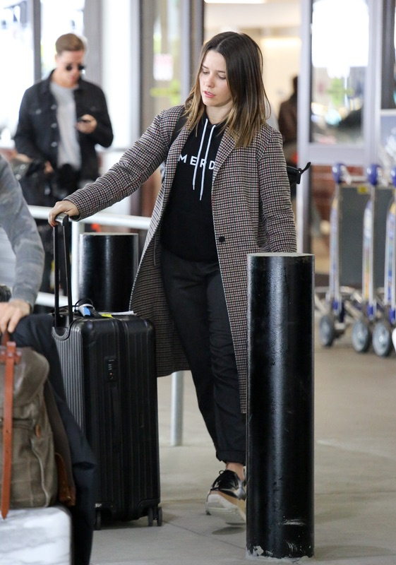 София Буш в LAX София, субботу, аэропорту, ЛосАнджелеса