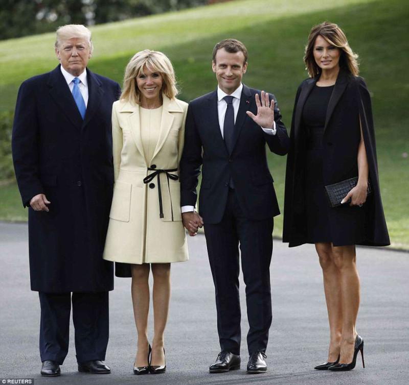 Макрон и Трамп посадили дерево Трамп, Christian, Макрон, подарил, который, рождения, Дональд, МаунтВернон, Франции, платье, ?Кстати, вчера, Меланья, признался, Vuitton, исполнилось, Louis, интервью, телешоу, Friends