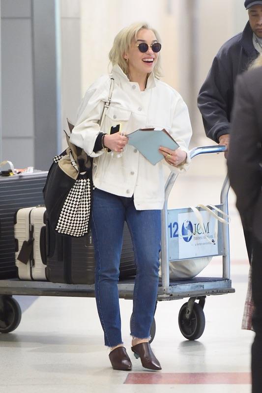Эмилия Кларк в JFK Эмилия, Кларк, субботу, аэропорту, НьюЙорка