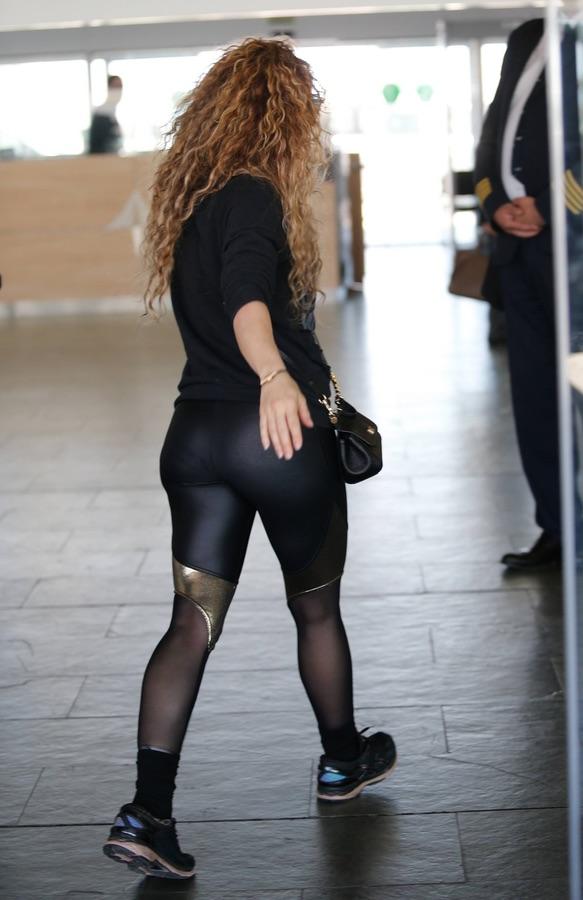 Шакира отправляется в турне Шакира, новый, концертный, последний, будет, Поговаривают, альбом, музыкальный, Dorado, пятницу, названное, турне, мировое, отправилась, ?Певица, Барселоны, аэропорту, Шакиры
