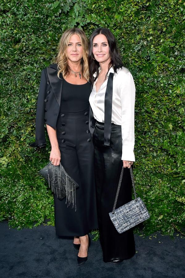 Звезды на вечеринке Chanel Дженнифер, Энистон, Кортни, Приянка, Чопра, субботу, посетили, Малибу, торжественный, организованный, модным, домом, Chanel