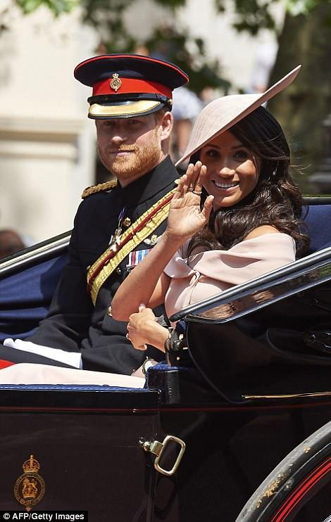 Члены королевской семьи на параде Trooping the Colour