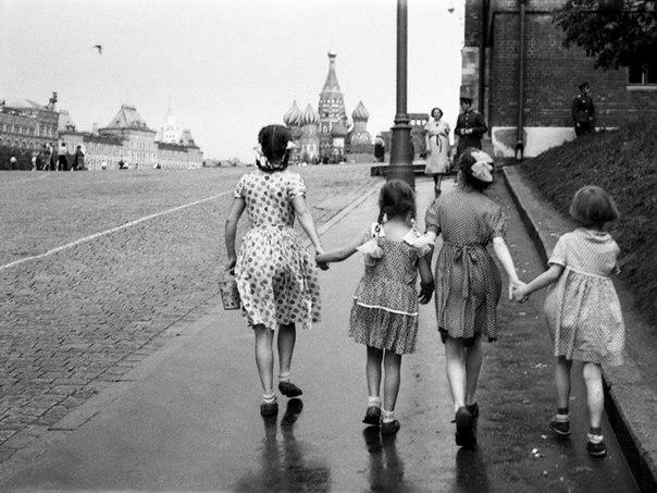 Айда в Москве на площадь Красную! Фото: Гугл.