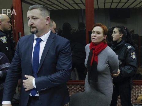 """Взрывной адвокат и его подопечная. Фото: сайт """"Гордон""""."""
