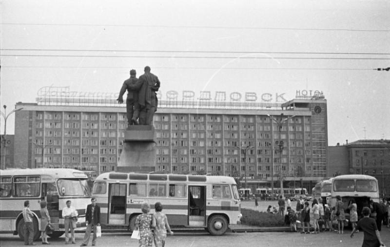 В славный город революционных традиций Владимир Алексеевич Куроедов приехал в 1949 году. Фото: Гугл.