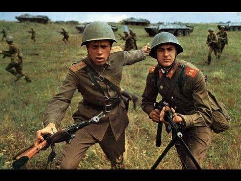 Есть и танки, и ракеты, все, что в жизни нужно нам. У солдата, у солдата только нету... Что? У солдата нету жалости к врагам. Фото: Гугл.