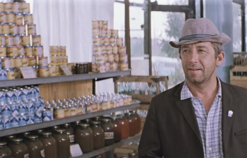 Вот он, магазин реального коммунизьма. Изобилие, ё-моё. Фото: Гугл.
