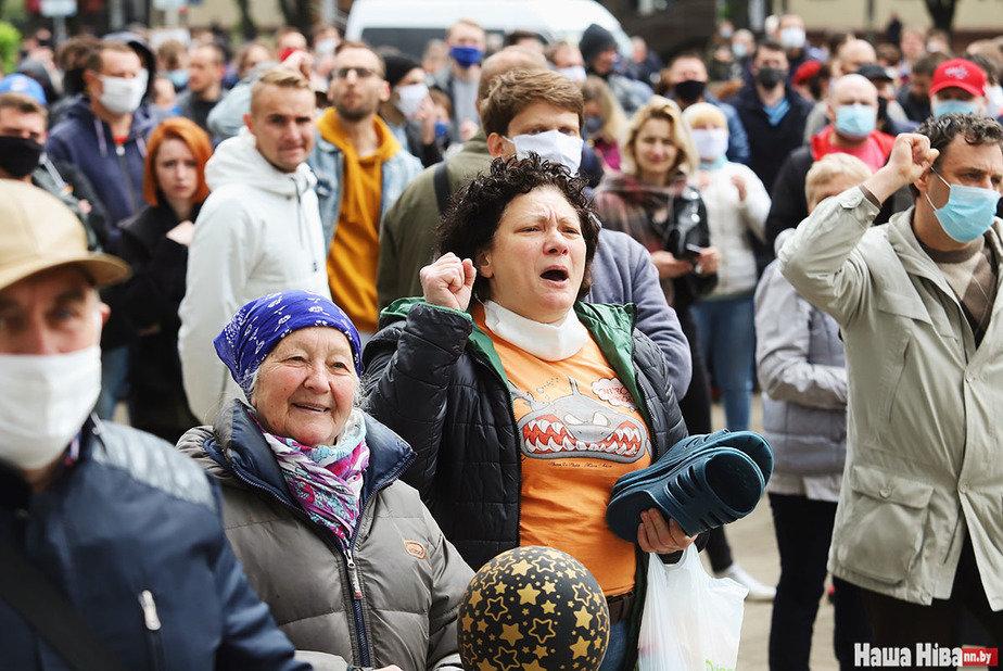 Вот ведь какое дело, Сергея Тихановского задержали в Гродно, после чего его сторонников только прибавилось. Фото: Наша ніва.