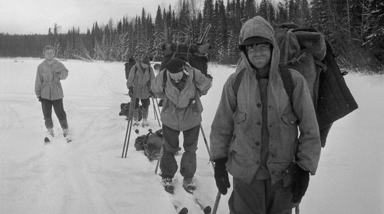 Дятловцы в походе. Лыжи - какие? Рюкзаки - что за они? Фото: Гугл.