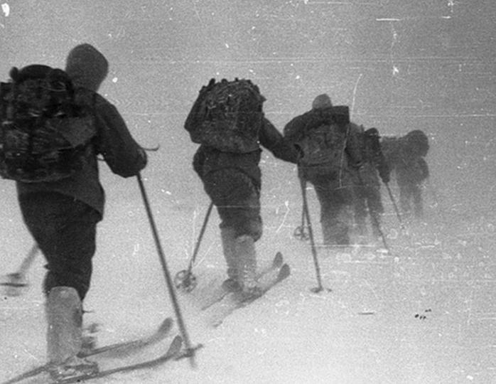 Дятловцы в последнем походе, но без Владислава Биенко. Фото: Гугл.