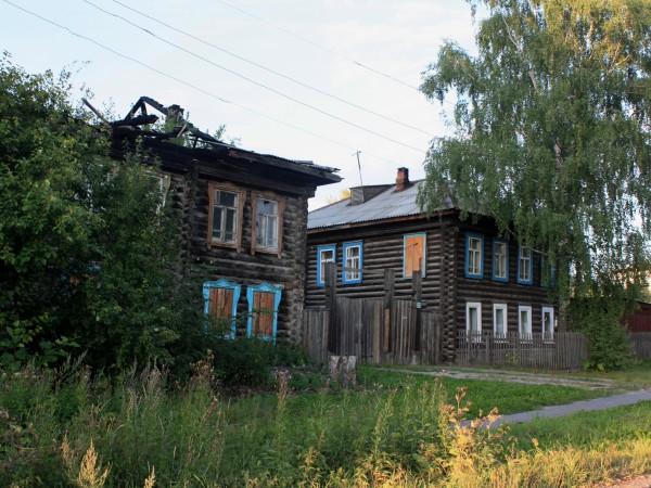 """""""Город древний, город длинный"""". А нет, подождите, это другой город, таинственный город Серов. Фото: Гугл."""