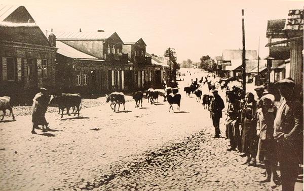 Белорусский городок Вороново в начале 30-х годов прошлого века — будущая улица Советская. Фото: Гугл.