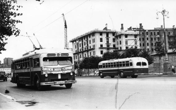 Киев из 50-х прошлого века. А вот сейчас меня многое с этим городом связывает. Фото: Гугл.