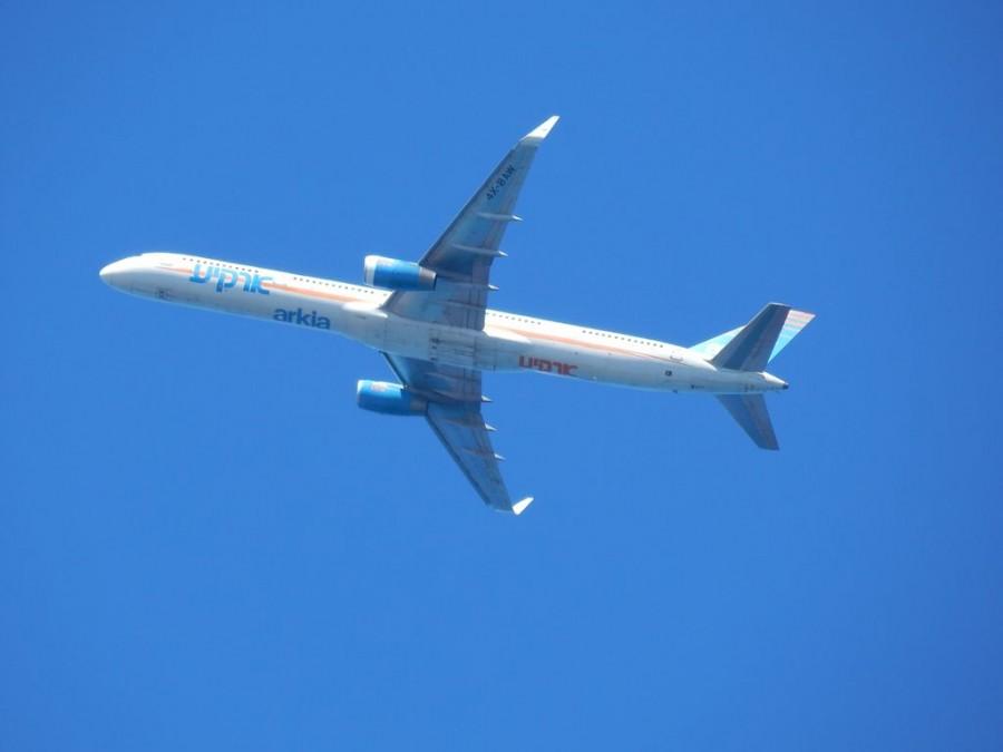 Boeing 757 Arkia Israeli Airlines 1