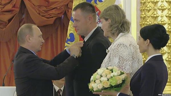 Награждение семьи СИ в Кремле_1