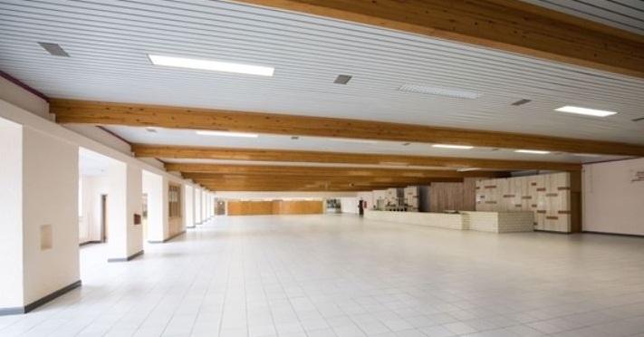 4_Зал Конгрессов в Бельгии (Биуль)