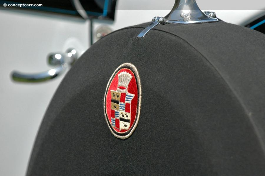 31-Cadillac-452A-V16-DV-09_AI-009