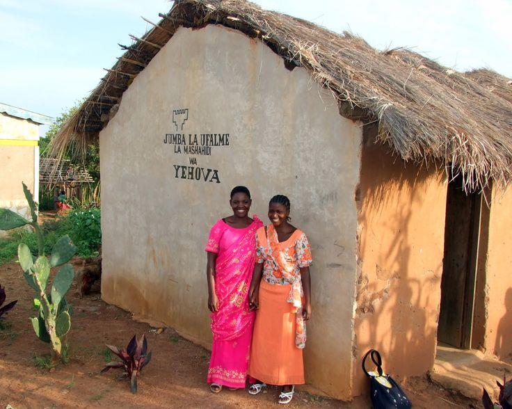 Зал Царства в Танзании - 2