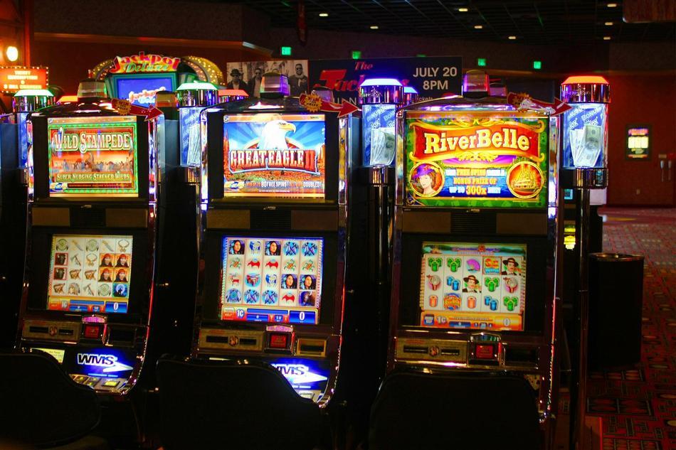 Играть бесплатно в игровые автоматы Вулкан