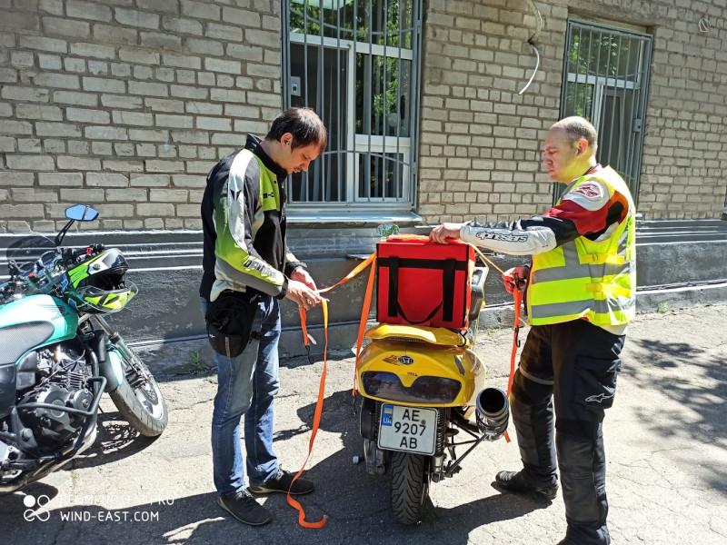 Отработка крепления бокса на мотоцикл