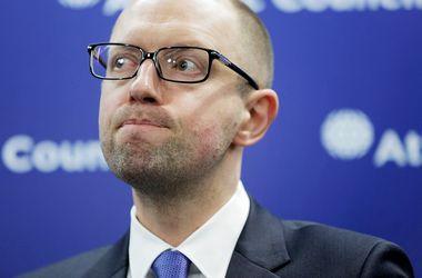 yes.cn.ua_yacenyuk-rossiya-ograbila-ukrainu-na-sotni-milliardov-dollarov_1