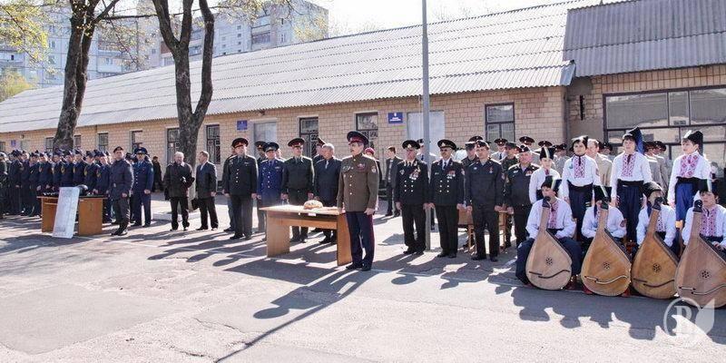2009 Чернигов военкомат проводы призывников