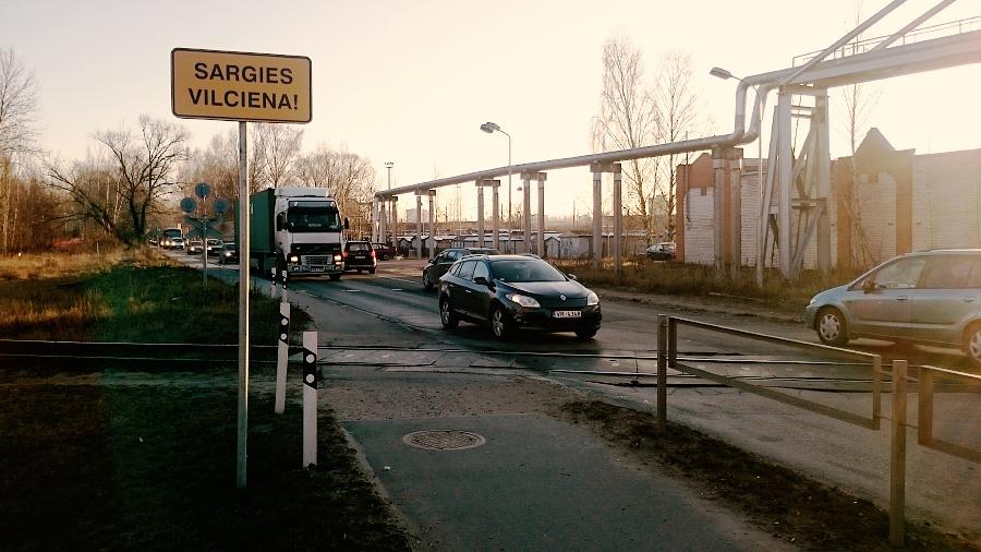 zime-sargies-vilciena-riga-krustpils-iela