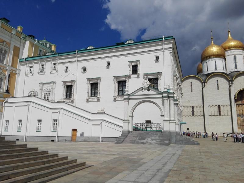 Грановитая палата. Здесь заседала Боярская Дума во главе с царём.
