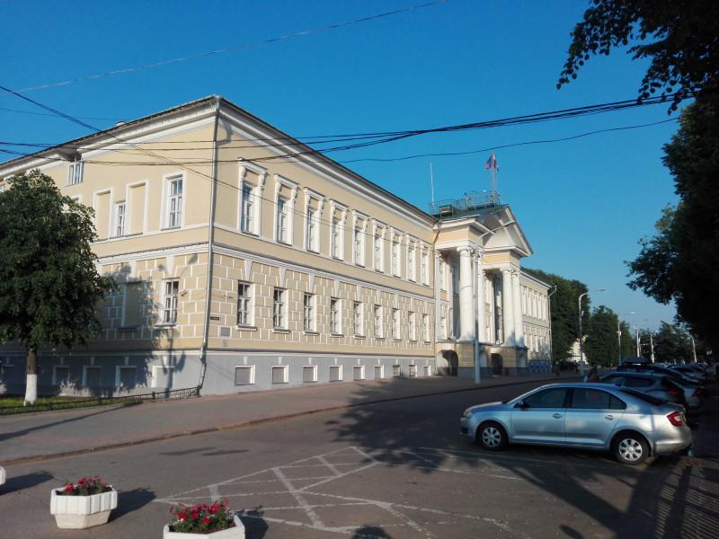 Здание Присутственных мест, ныне резиденция губернатора.