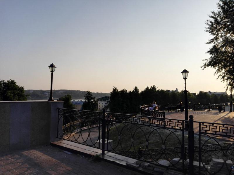Вид на Волгу с Муравьёвского спуска.
