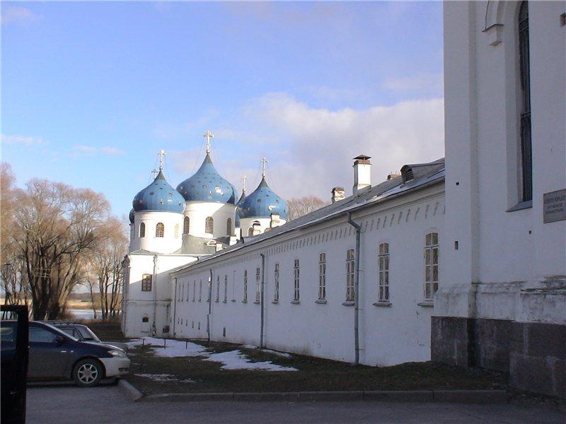 Юрьев монастырь.