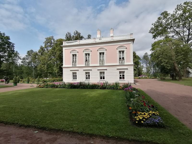 Дворец Петра 3-го