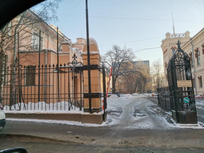 Ворота особняка Нобеля