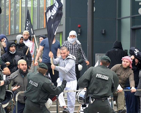 peaceful_islam-14