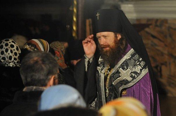 archibishop_rostislav-04