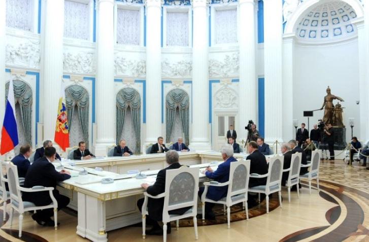 Putin_meeting-in-Kreml