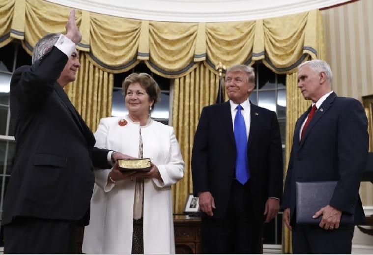 Trump_Pence_Renda_Rex_AP