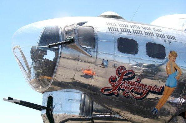 B-17G-Nose-Art-Betty