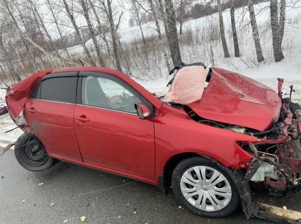 Дама за рулем - всё, пассажирке повезло больше