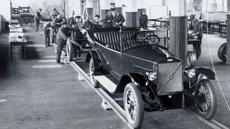 1927 Volvo OV4 на конвейере