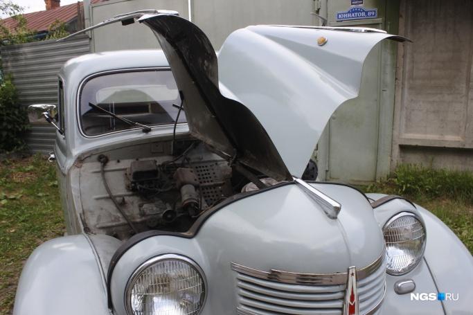 1956'Москвич-401 на чёрных номерах 56-16нсх (Фото: Дмитрий Косенко)