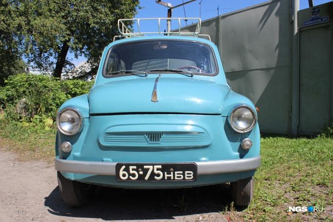 1967 ЗАЗ-965 на чёрных новосибирских номерах 65-75НБВ (Фото: Дмитрий Косенко)