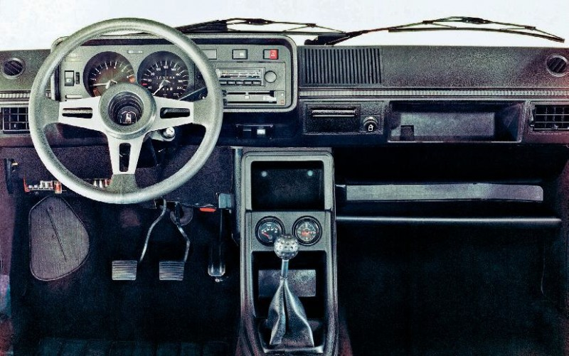 1976 Volkswagen Golf GTI (по материалам Echappement Mars 2019)