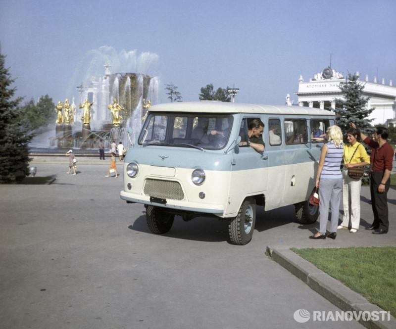 """УАЗ-452 (фото """"РИА Новости"""")"""