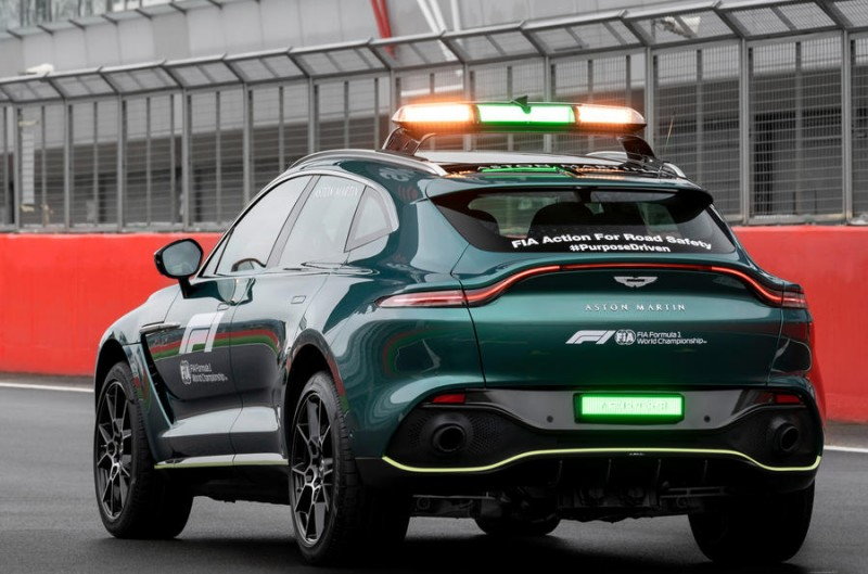 2021 Aston Martin DBX (Formula 1 Medical Car)