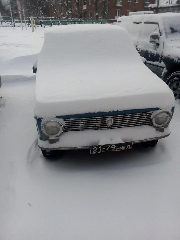 """Новосибирск - """"ВЧЕРА"""". ВАЗ-2101 на чёрных номерах 21-79нбд"""